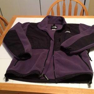 The North Face Women's Medium Fleece Jacket in EUC